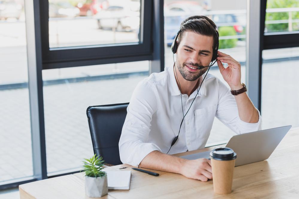 10 dicas para você melhorar as vendas do seu callcenter (Foto: Depositphotos_207859850_s-2019)